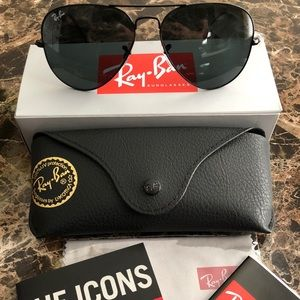 Accessories - Rayban Aviator Sunglasses RB3025 Black Frame/Lens